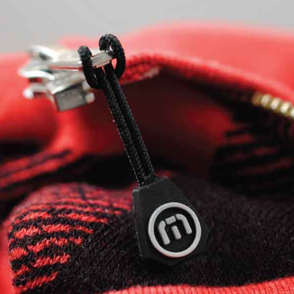 Travis Mathew Rubber Zipper Pull