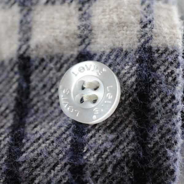 Levi's Plastic Button